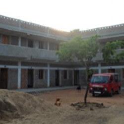Het Gaya House, onze boom doet het goed - Kinderen in India